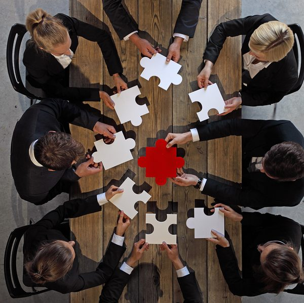 Paul Simkins Leadership Speaker and Trainer, can help you find the missing pieces to the puzzle